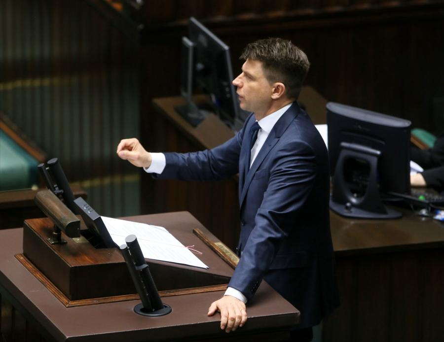 Lider Nowoczesnej Ryszard Petru przemawia podczas sejmowej debaty nad wnioskiem PO o konstruktywne wotum nieufności wobec rządu premier Beaty Szydło