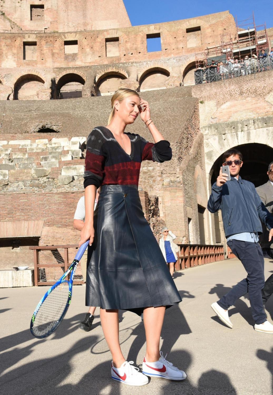 Niezwykła sesja Marii Szarapowej. Piękna Rosjanka pozowała w Koloseum