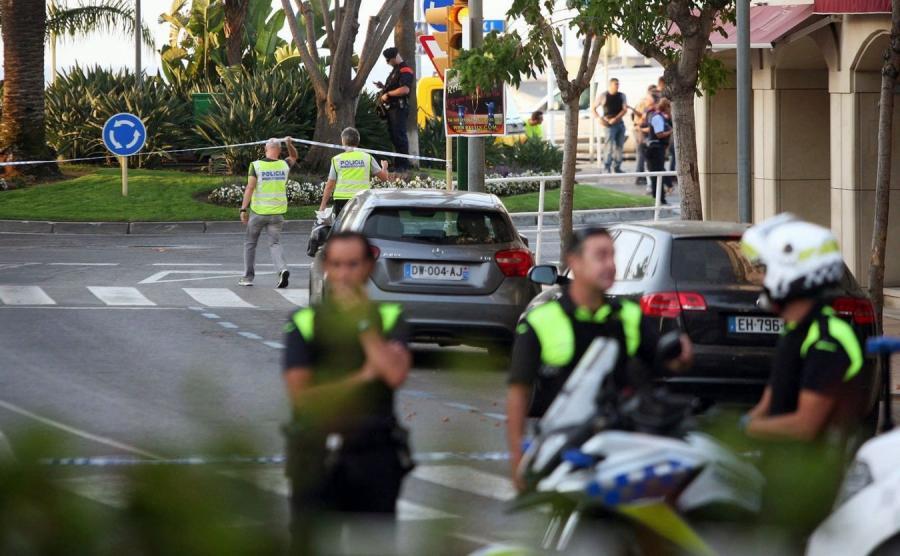 Policjanci w Cambrils