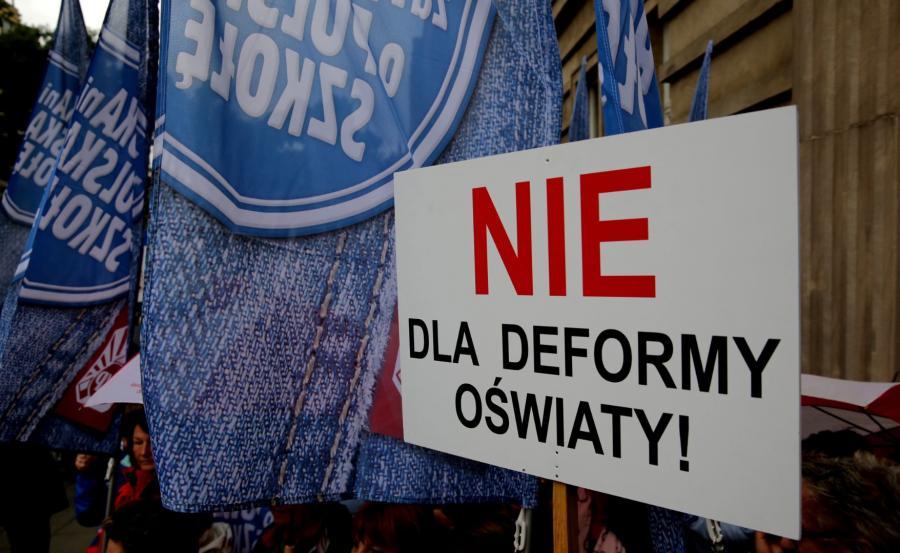 Protesty przeciw reformie edukacji