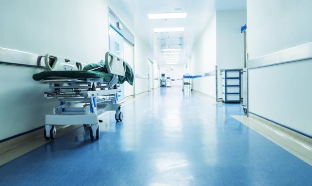 Podniesienie składki zdrowotnej lekiem na całe zło? Zrzucą się na nią pracodawcy, pracownicy i budżet