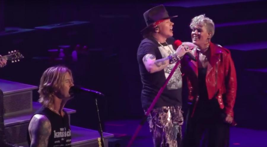 Pink razem z Guns N\' Roses
