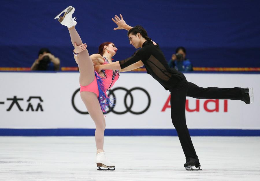 Elliana Pogrebinsky i Alex Benoit