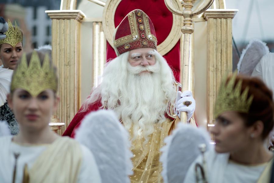 Olaf Lubaszenko jako Święty Mikołaj w filmie \