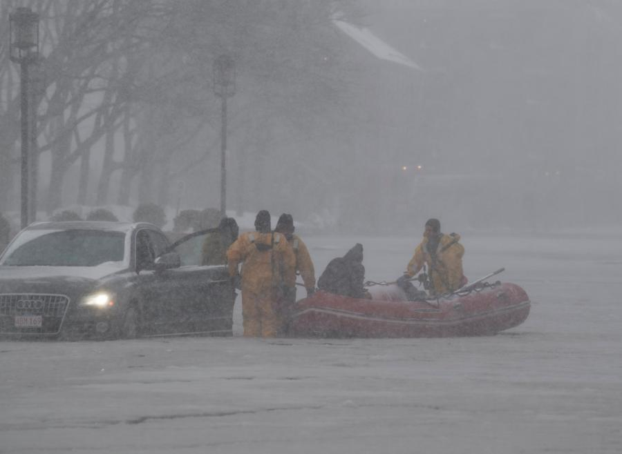 Akcja ratunkowa na ulicach Bostonu