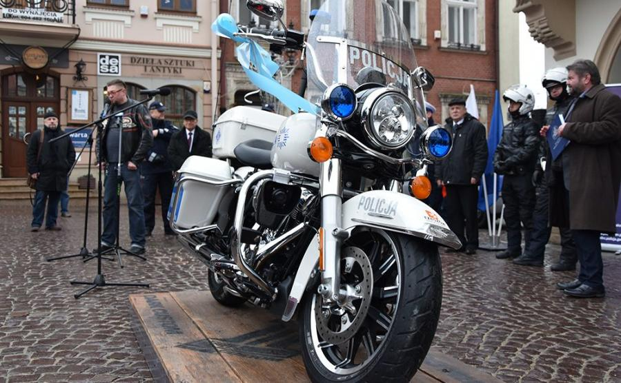 Wiadomo, że nowy Harley będzie wykorzystywany do służby patrolowej na terenie Rzeszowa i zabezpieczenia imprez masowych