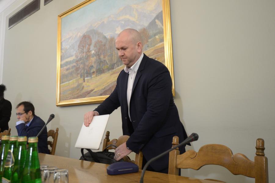 Były szef CBA Paweł Wojtunik na posiedzeniu sejmowej komisji śledczej ds. Amber Gold w Sejmie.