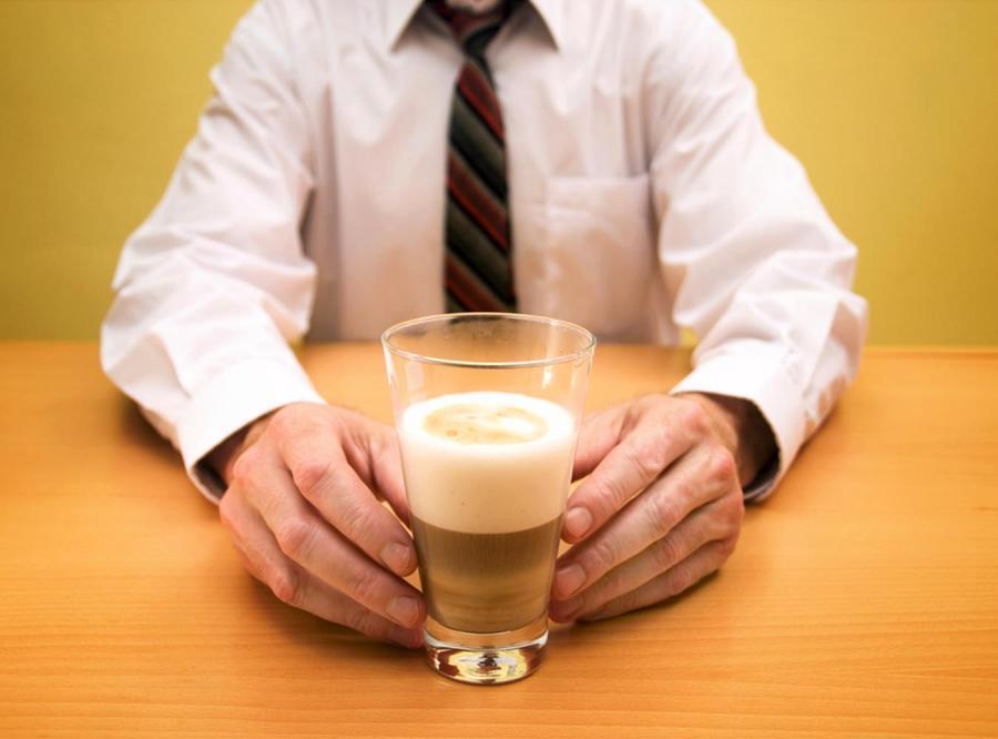 Czy napije się pan kawy, kapitanie?