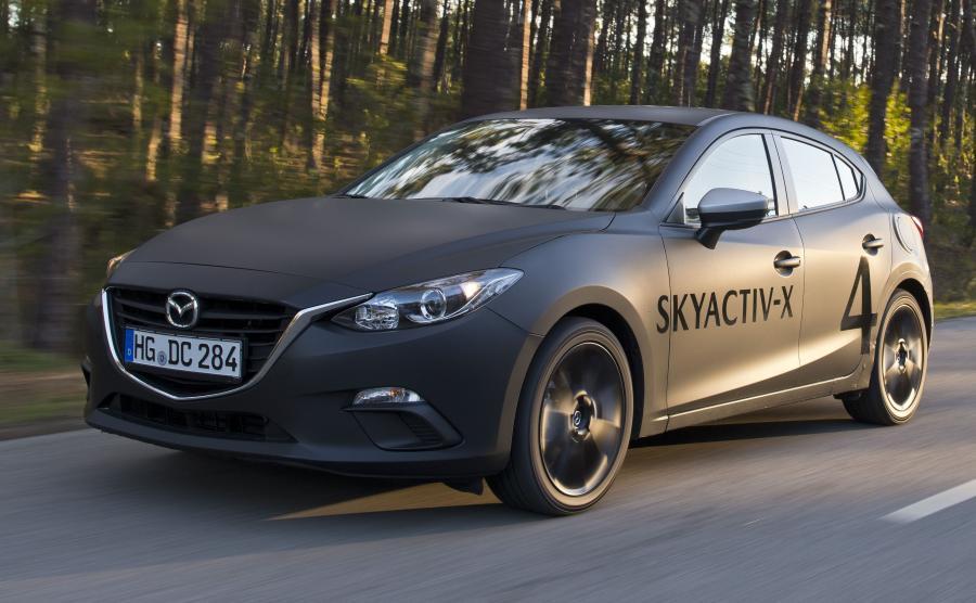 Mazda testuje technologię Skyactive-X