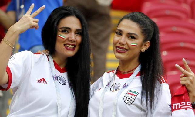 Kobiety w Iranie mogły obejrzeć mecz z Hiszpanią