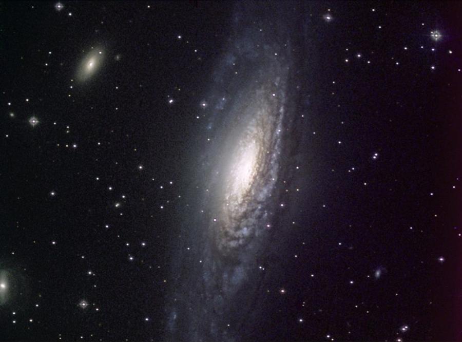 Naukowcy zobaczyli światło sprzed 13 mld lat