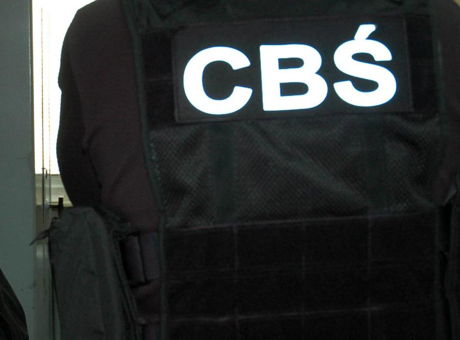 Oszust podszywający się pod oficera CBŚ terroryzował właścicieli punktów skupów zwierząt