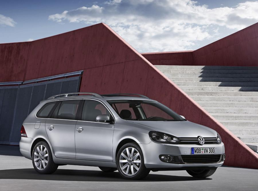 Nowe kombi Volkswagena przejechało Odrę