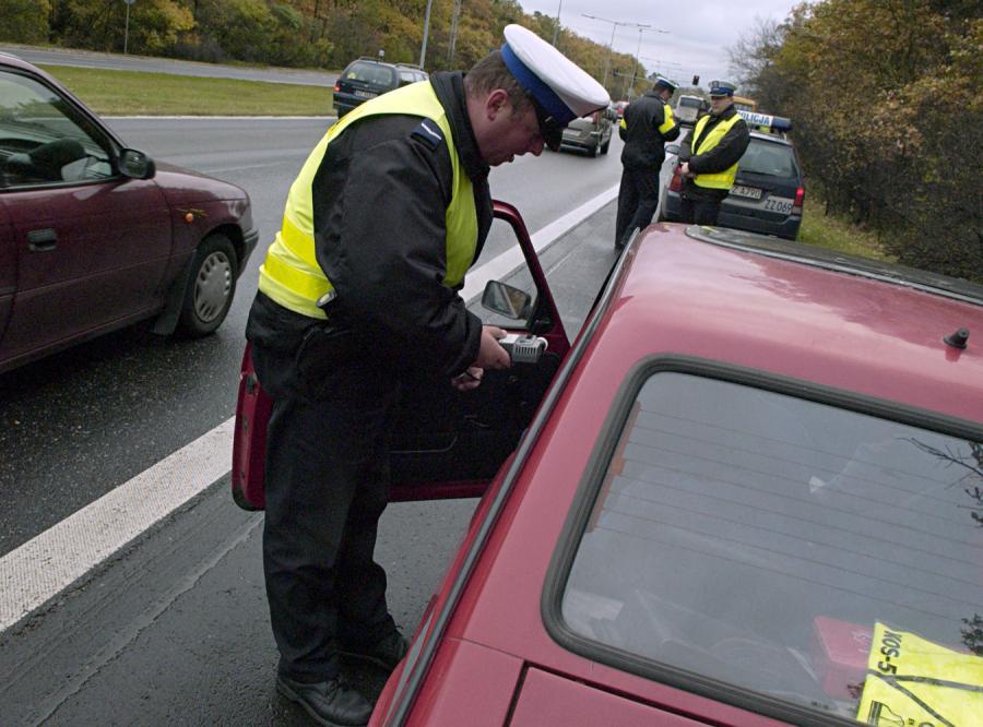 Policja sprzeda auta pijanych kierowców