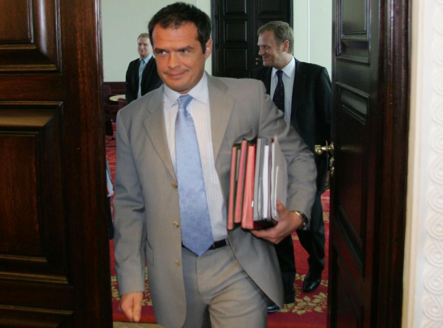 Nowak: Nie ma mowy o żadnym bankructwie