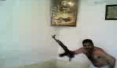 Tak tańczą Irakijczycy..z kałasznikowem