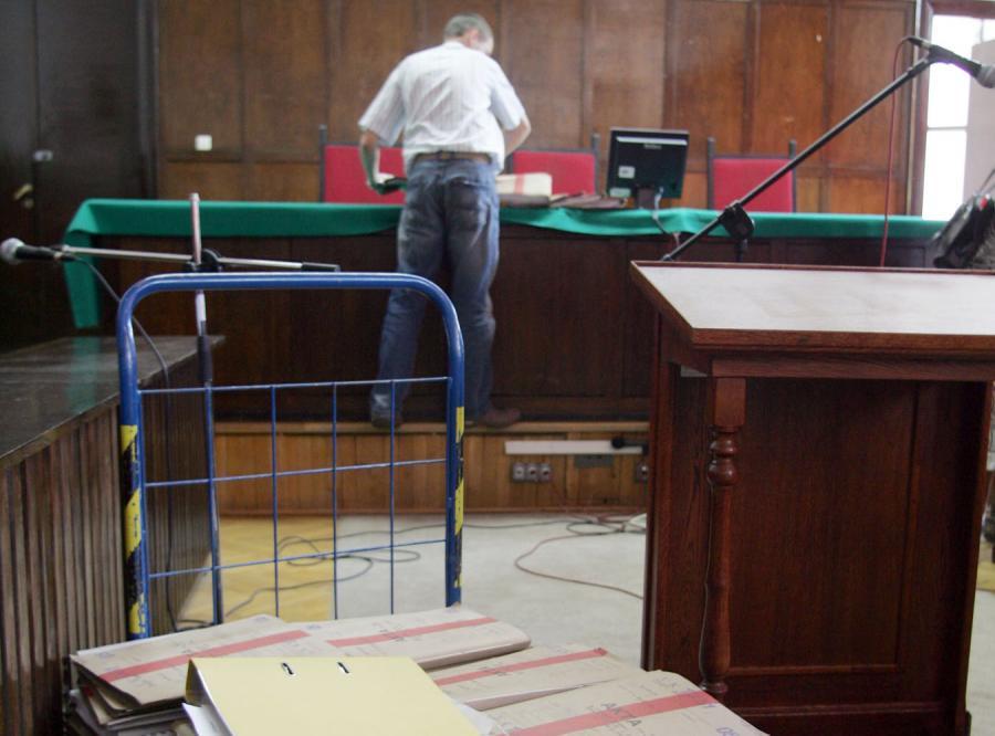 Sąd nieczynny, sędzia chce podwyżki