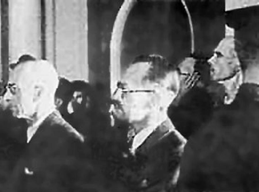 Proces szesnastu: moskiewska kpina z prawa