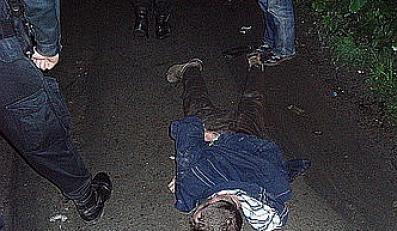 Strzały na drodze i koniec pijanego pirata