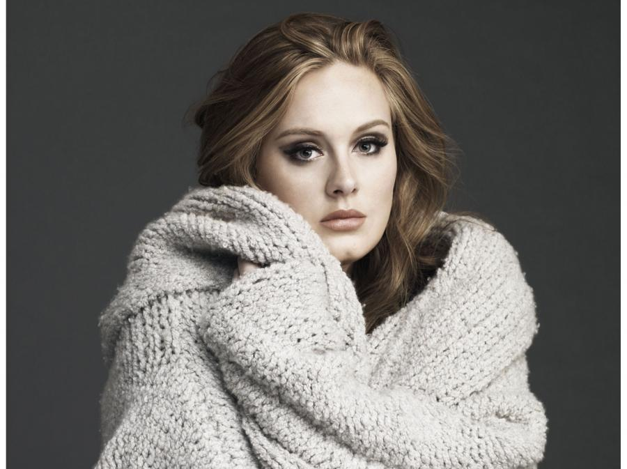 Adele zmywa plamy ze słońca