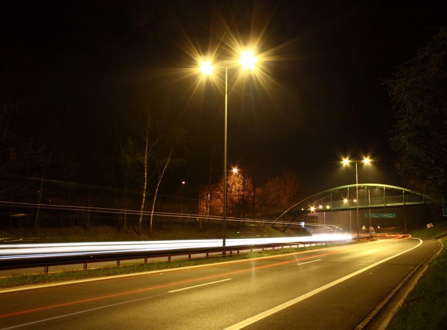 Chorzów oświetli kolejowa spółka