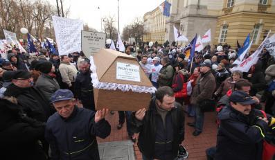 Demonstracja związkowców z Poczty Polskiej w Warszawie