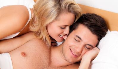 Seks o poranku to świetny sposób na dodanie sobie energii przed dniem pracy