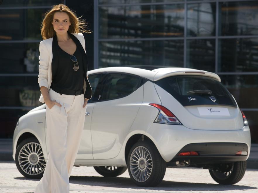 Na weneckim festiwalu filmowym będzie też polski, motoryzacyjny akcent - wytwarzana wyłącznie w Polsce nowa Lancia Ypsilon
