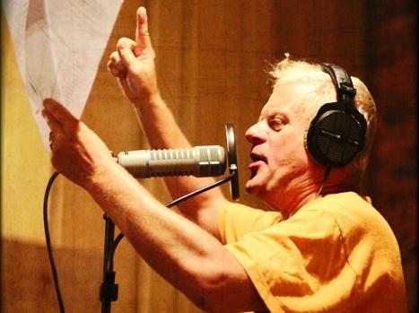 Kazik Staszewski w studiu
