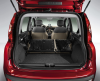 Zdaniem ludzi z Fiata nowa panda oferuje jeden z największych bagażników w swojej klasie. Jego standardowe 225 l pojemności można powiększyć do 260 l poprzez przesunięcie kanapy. Kiedy złożymy oparcia, kufer rośnie się do 870 l