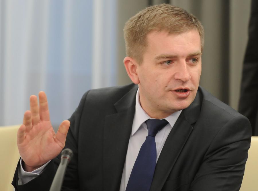 Bartosz Arłukowicz został ministrem zdrowia, a urząd ds. wykluczonych zlikwidowano