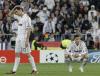 Cristiano Ronaldo i Alvaro Arbeloa załamani po przegranej z Bayernem Monachium w półfinale Ligi Mistrzów