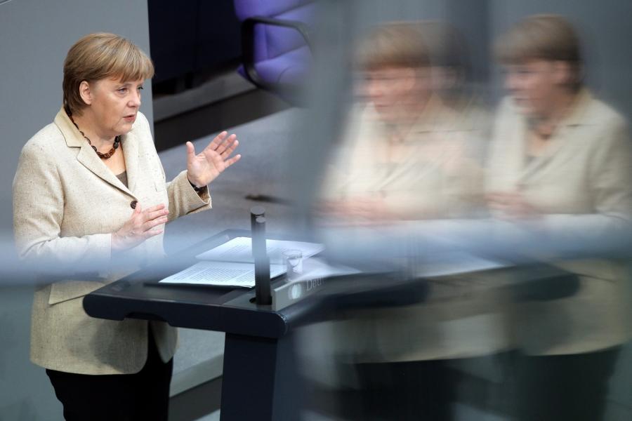 Kanclerz Niemiec Angela Merkel przemawia w Bundestagu