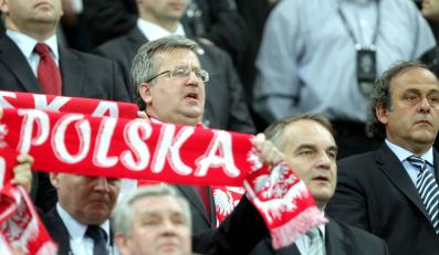 Prezydent Bronisław Komorowski na meczu Polska - Czechy we Wrocławiu