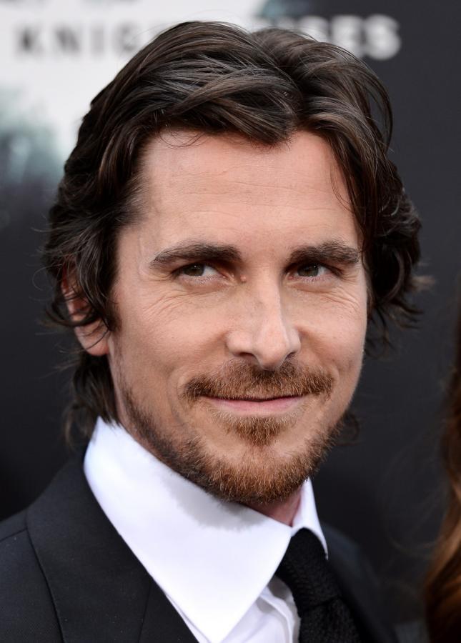 """Christian Bale na premierze filmu """"Mroczny rycerz powstaje"""" w Nowym Jorku"""