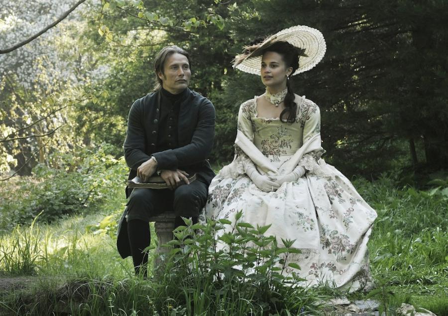 """Najważniejsze role Alicii Vikander: """"Kochanek królowej"""""""