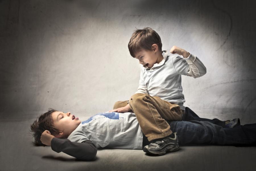 Dzieci się biją
