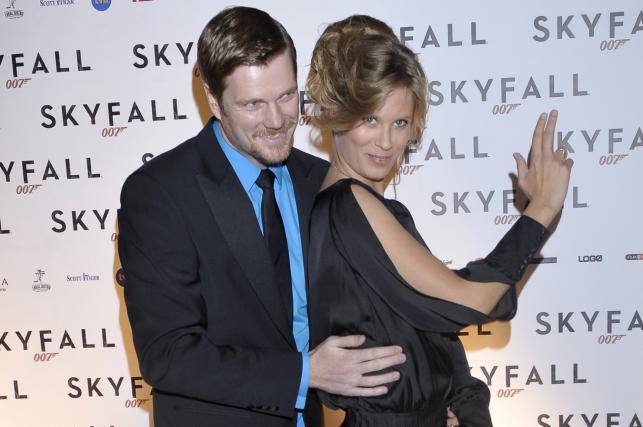 """Julia Pietrucha i Ian Dow na premierze """"Skyfall"""""""