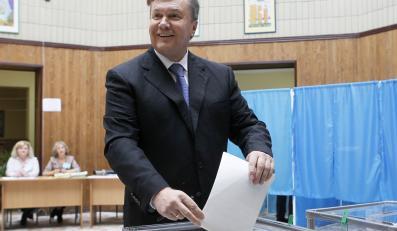 Głosuje prezydent Ukrainy
