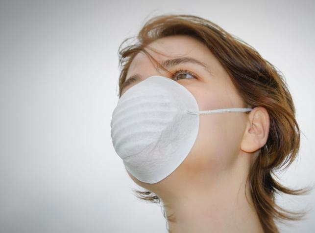 Kiedy osoba chora przestaje zakażać grypą, czy dopiero wtedy, gdy ustępują objawy?