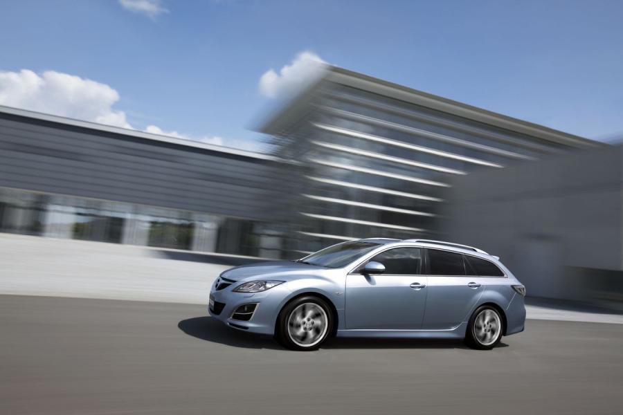 Oszczędna Mazda odsłania tajemnicę…