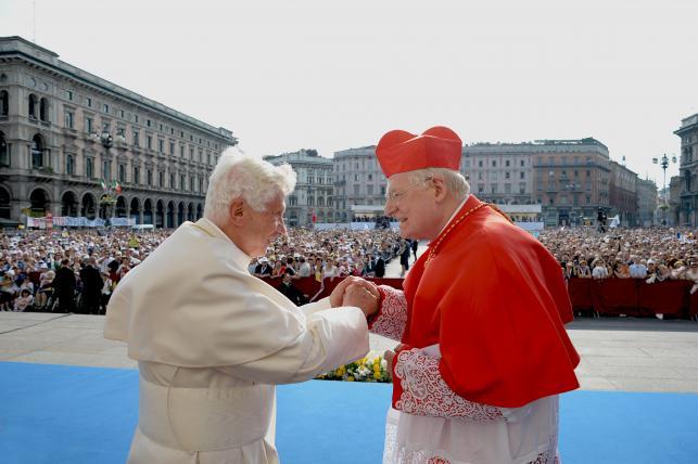 Papież Benedykt XI i kardynał Angelo Scola