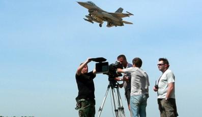 Armia wynajęła F-16. Do reklamy