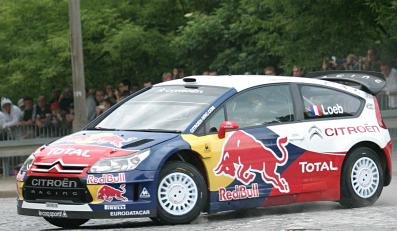 Loeb pokazał w Warszawie, jak się jeździ
