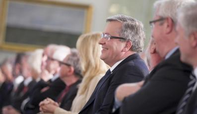 Prezydent Bronisław Komorowski wręczył ordery i odznaczenia zasłużonym pracownikom Telewizji Polskiej