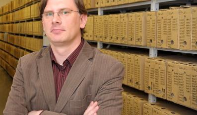 Autor książki o Wałęsie odszedł z IPN