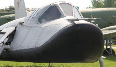 MiG-105