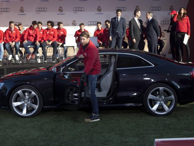 Pi  Karze Realu Madryt Dostali Nowe Samochody  ZDJ  CIA