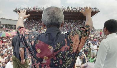 Nelson Mandela na stadionie Ikageng w pobliżu miasta Potchefstroom