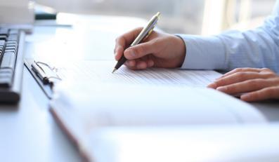 DGP ustalił, jak PiS zmieni ustawę o urzędnikach
